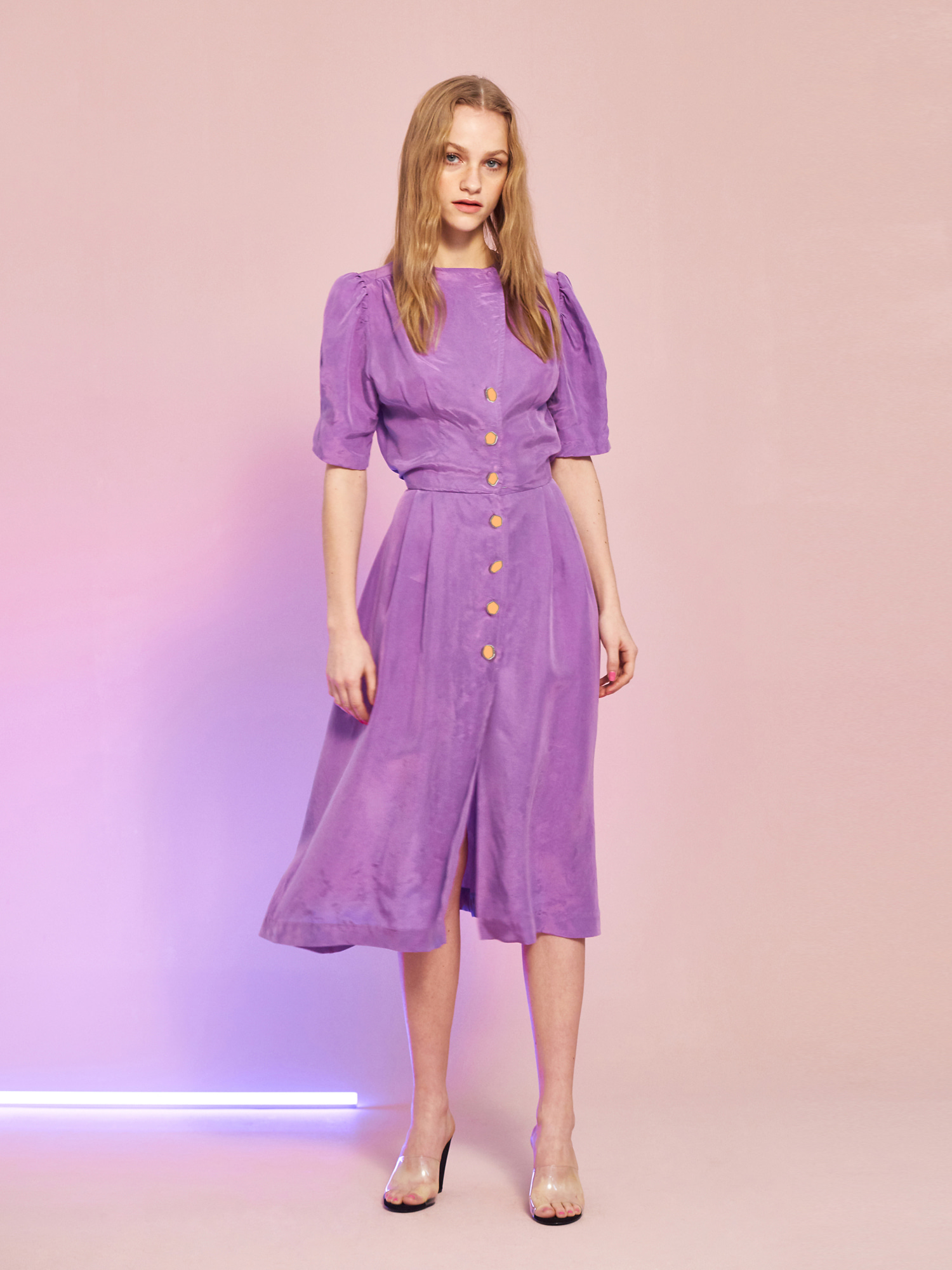 [주말특가30% 4/10예약배송]Cupra Button Dress in Purple
