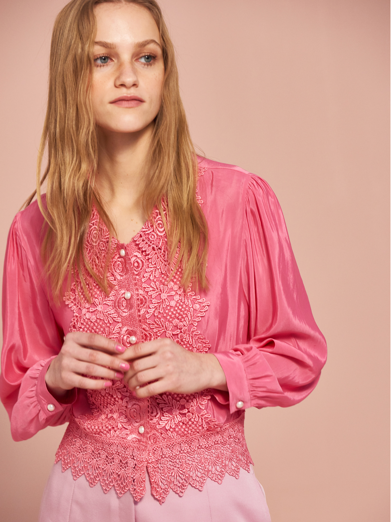 Rose Lace Blouse in Pink