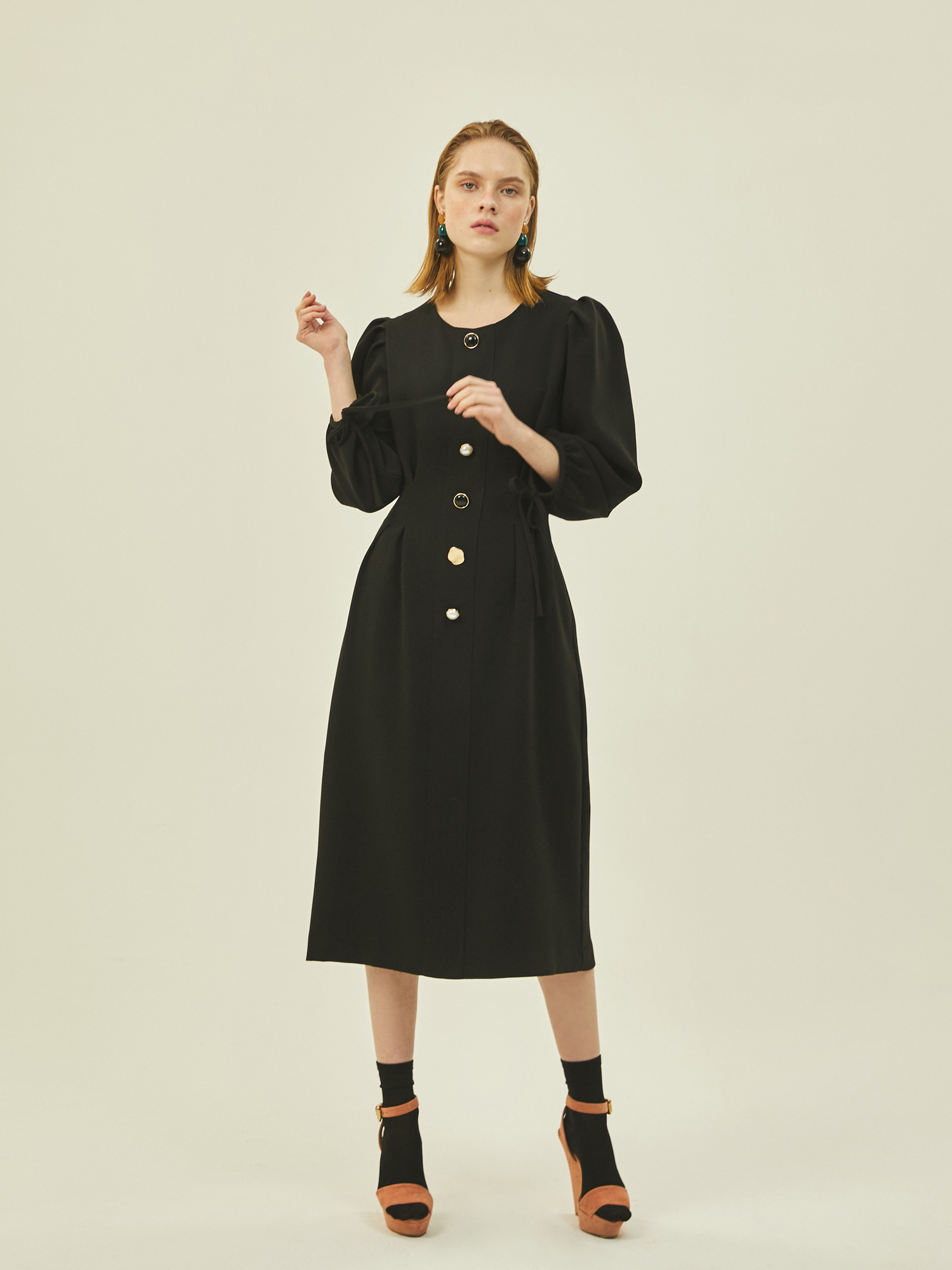 Puff Pintuck Dress in Black